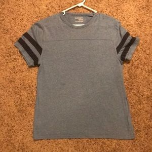 Old Navy medium tee